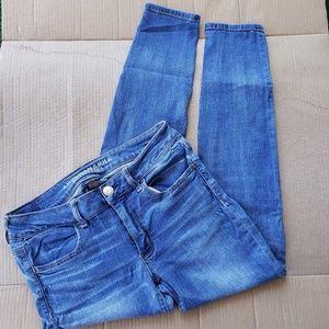 American Eagle Lightwash Short Jeans